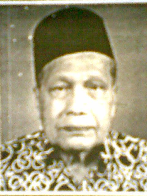 Almarhum Dato' Haji Ahmad Damanhuri Bin Haji Abdul Wahab seorang