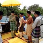 Keberankatan tiba DYMM tuanku disambut oleh Tuan Haji Mohamad Alwi Bin Taib (Pengerusi JK Kariah MSYRS, Ipoh)